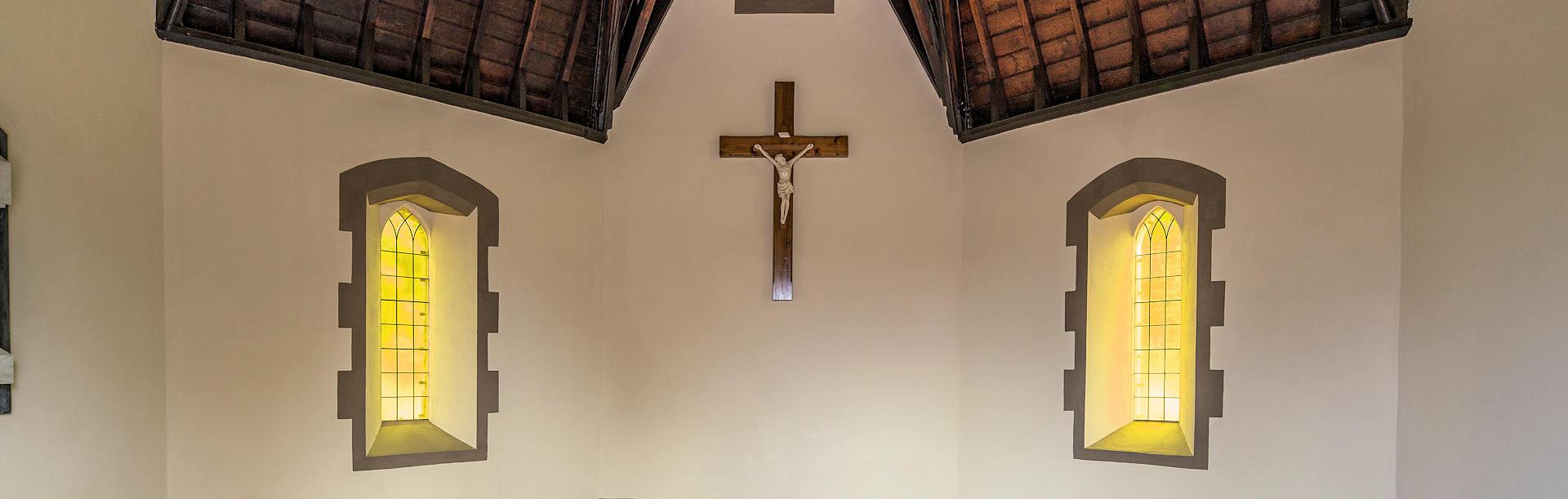 Leadlighting in the Smyth Chapel