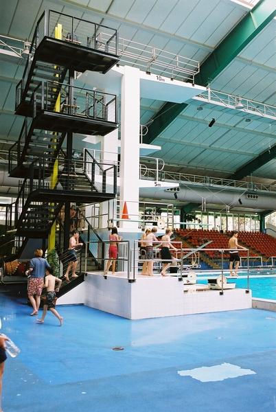 brimblecombe builders new diving tower guard rails. Black Bedroom Furniture Sets. Home Design Ideas