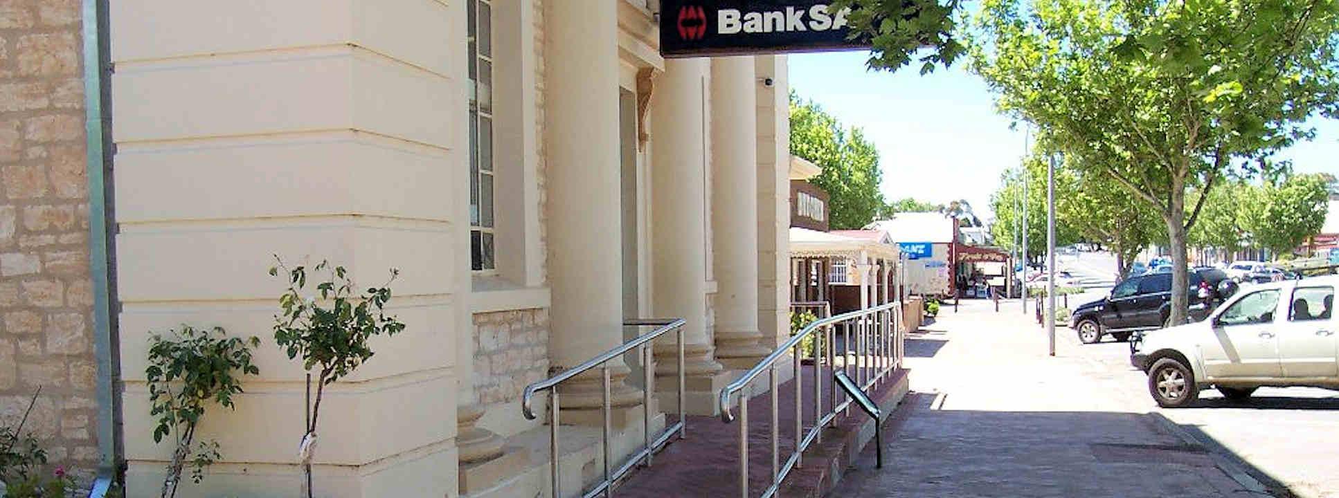 Bank SA Maitland